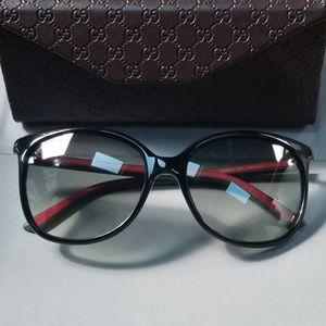 Authentic Gucci sunglasses. Like new